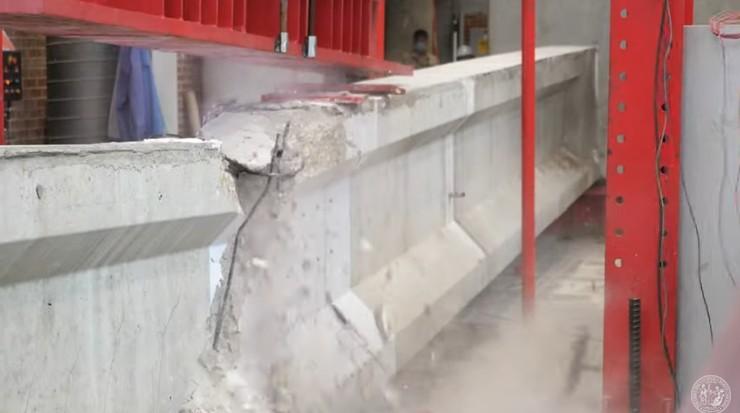 Testing a Bonnar Bridge girder at NCSU