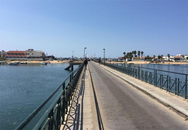 Faro Island bridge