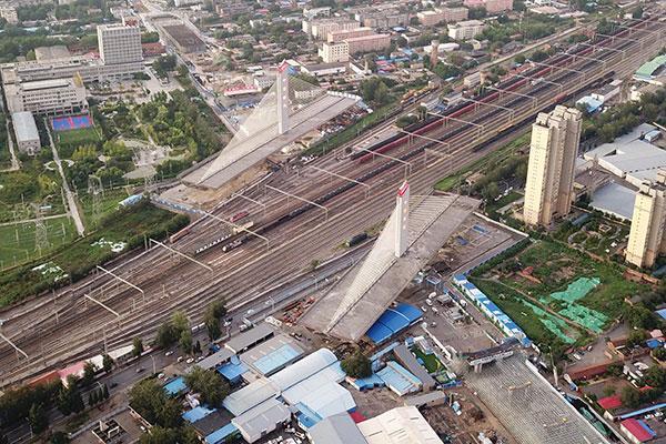Xinhua - bridge rotation - before
